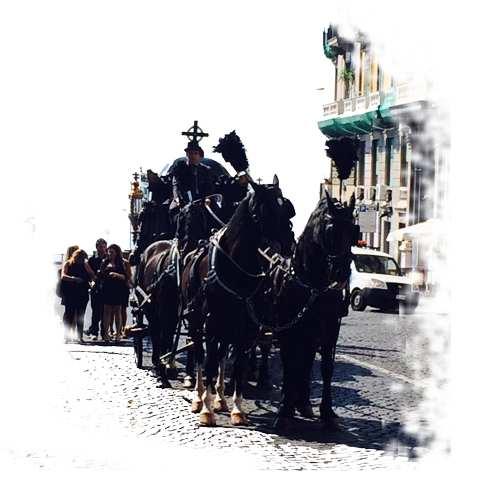 funerale-roma-carrozza-moretti
